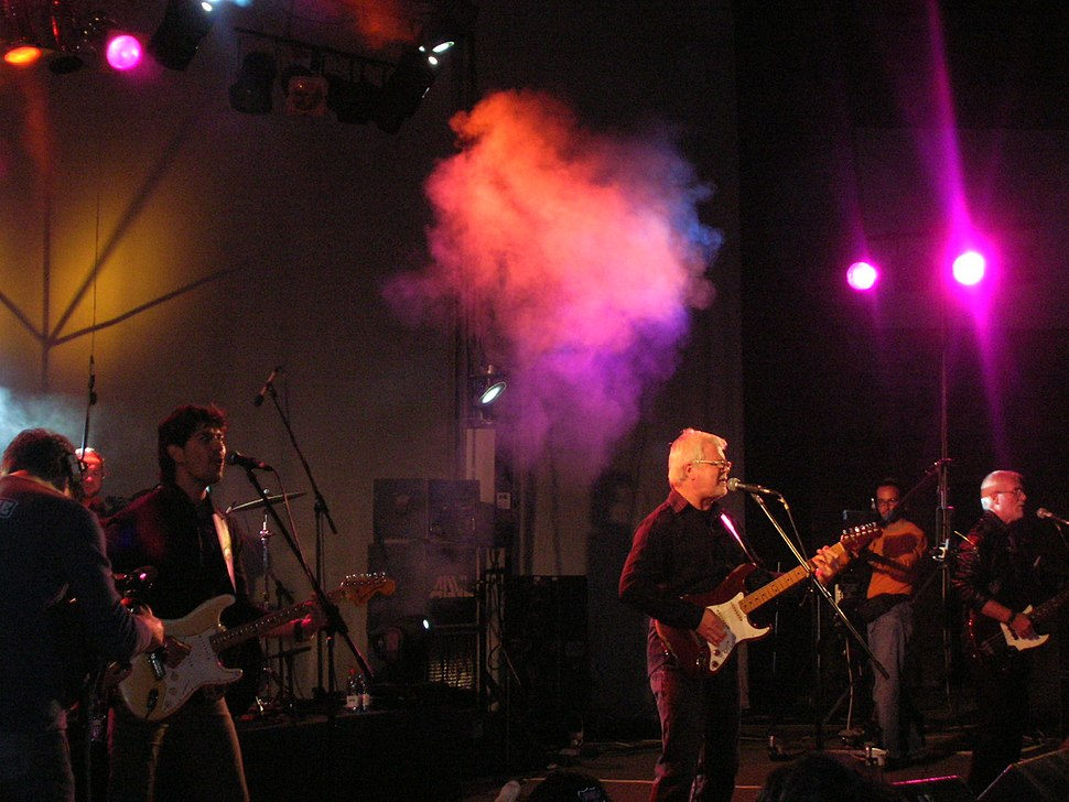 YU Grupa performing live at Nisomnia music festival in 2007