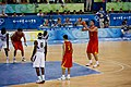 Yao Ming At The Line (2752734422).jpg