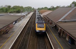 Yatton railway station MMB 31 43XXX.jpg