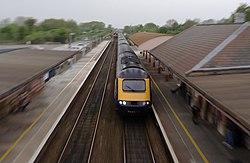 Yatton railway station MMB 31 43XXX.jpg
