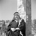 Zelfportret van Willem van de Poll verkleed als Bedoeïne, Bestanddeelnr 255-6574.jpg