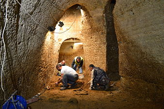 Ανασκαφές Μετρό Πειραιά (2).jpg