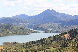 Karditsa - Image: Λιμνη θεα απο Νεοχωρις προς Φραγμα