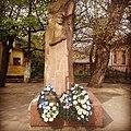 Пам'ятник Євгену Коновальцю (Жовква).jpg