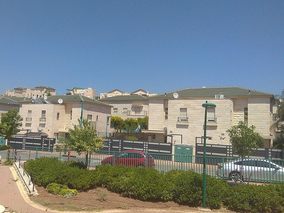 יקנעם עילית-שכונת גגות ירוקים