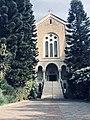 ראש המנזר והשער הראשי.jpg