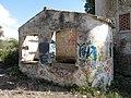 018 Mas de Santa Bàrbara (Sitges), cisterna.jpg