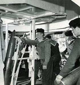 15,2 cm ammunition in HMS Göta Lejon.jpg