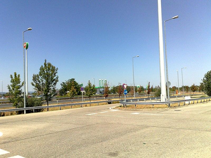 File:18.08.2013. M7 autópálya, Balatonlellei pihenő - panoramio.jpg