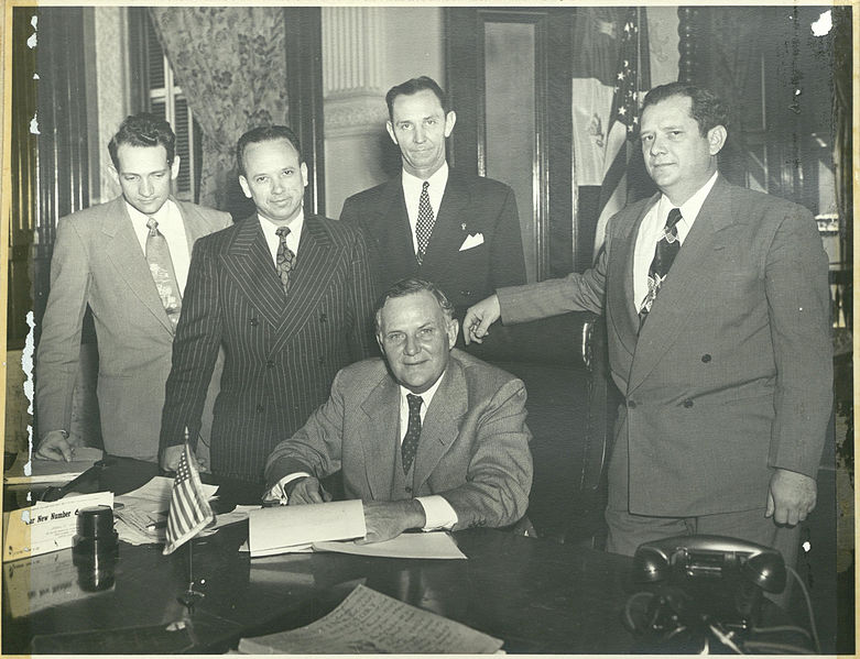 File:1949 signing of the Lamar College Bill..jpg