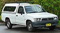 1997-2001 Toyota Hilux (RZN149R) 2-door utility (2011-07-17) 01.jpg