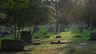 Old Chapel Hill Cemetery - Sun rays at dusk