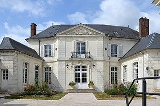 Villers-Cotterêts - Image: 2012 DSC 0208 Hôtel de Ville de Villers Cotterêts