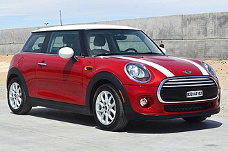 Mini Hatch - Image: 2014 MINI Cooper Hardtop NHTSA test 8883 front
