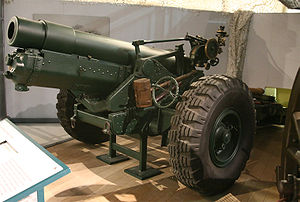 BL 6-inch 26 cwt howitzer - A 6 inch 26 cwt on World War II pneumatic tyres at Firepower - The Royal Artillery Museum.