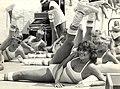 Aerobic dansen, door de jeugd op het strand van Zandvoort. Geschonken in 1986 door United Photos de Boer. Identificatienummer 54-005738.JPG