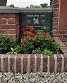 Algemene Begraafplaats Krimpen aan de Lek. Oorlogsmonument (2).jpg