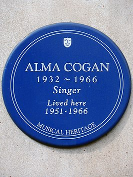 Alma Cogan 1932-1966 singer lived here 1951-1966.jpg