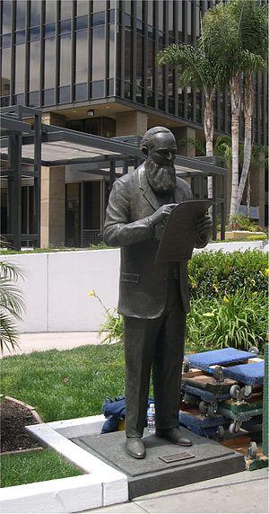 Alonzo Horton statue