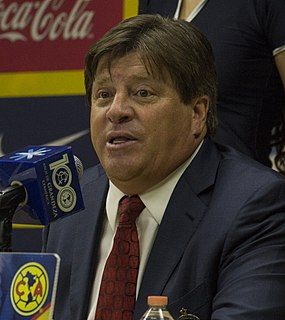 Miguel Herrera Mexican footballer and manager