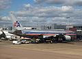 American Airlines Boeing 777-223(ER) N771AN (6211620933).jpg