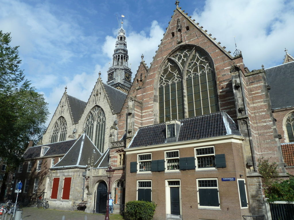 Oude Kerk, la plus vieille église d'Amsterdam – Photo de Jensre.