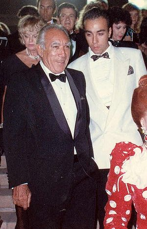 Anthony Quinn and his son Lorenzo at the 40th ...