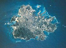 Satelita bildo de Antigvo