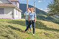 Anushka y Mariya (9302756608).jpg