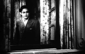 Kismet (1943 film) - Image: Ashok Kumar in Kismet 1943