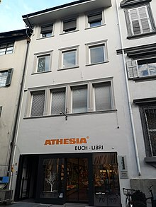 573c2a51598af Athesia-Buchhandlung in Bozen-Silbergasse