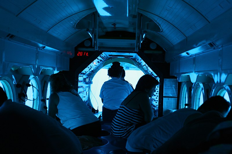 do: Dive in a submarine