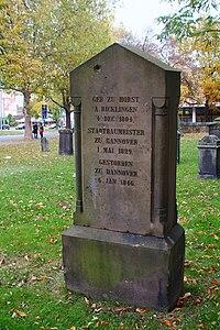 August Heinrich Andreae Alter St.-Nikolai-Friedhof Hannover Grabmal Klagesmarkt-Kreisel.jpg