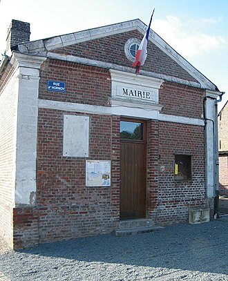 Aumont, Somme - The town hall in Aumont