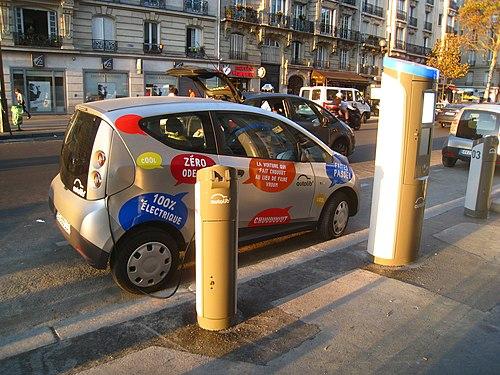 Autolib' Station, Paris, Boulevard Diderot 02