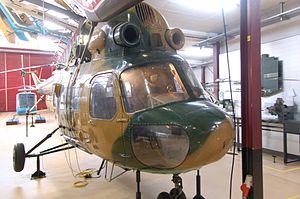 Bückeburg Hubschraubermuseum 2011-by-RaBoe-66.jpg
