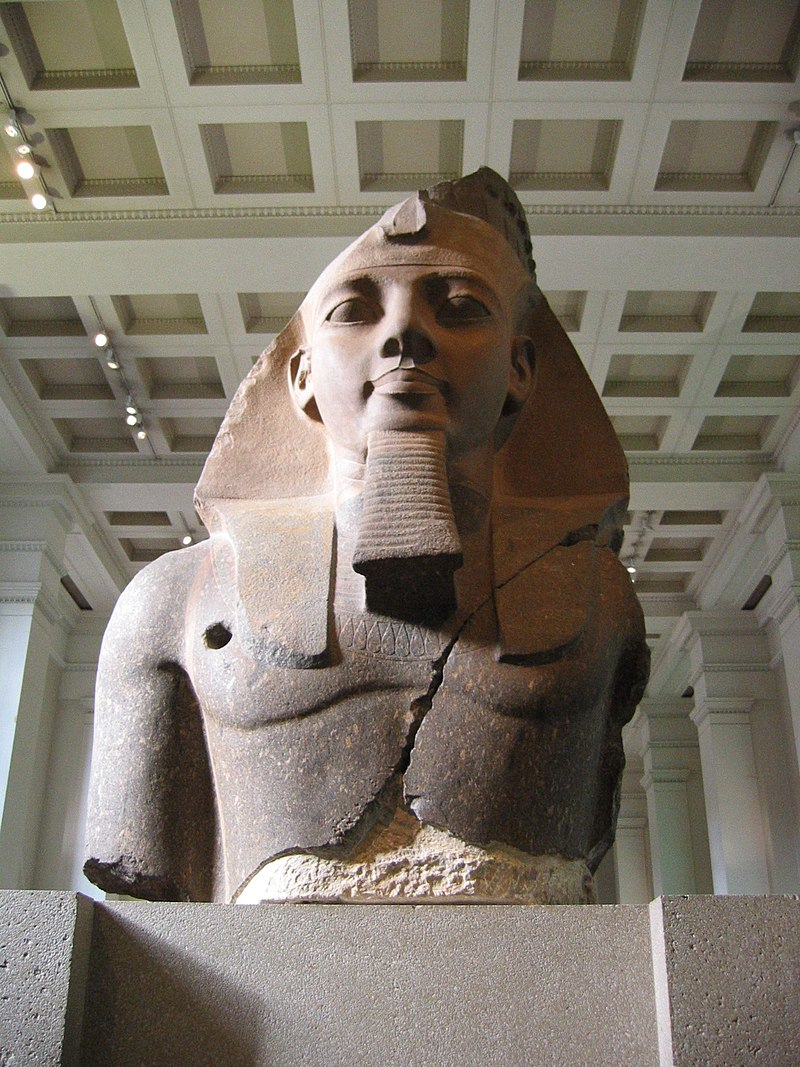 BM, AES Egyptian Sulpture ~ Colossal bust of Ramesses II, the %27Younger Memnon%27 (1250 BC) (Room 4).jpg