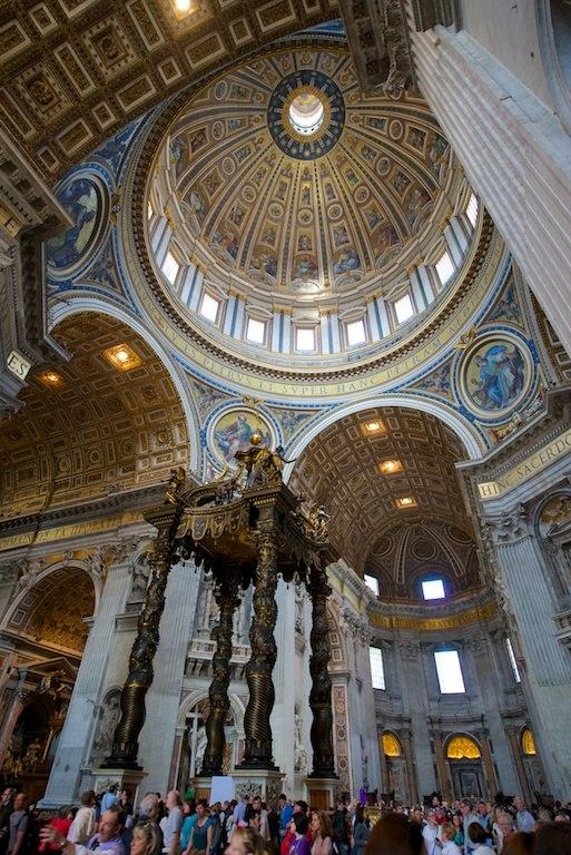 Baldacchino del Bernini e cupola a San Pietro (KAM 0336) (8652306437)