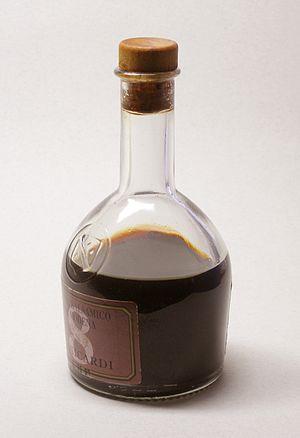 Balsamic vinegar - Image: Balsamico 1