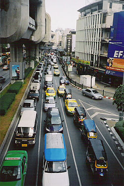 Sukhumvit road traffic