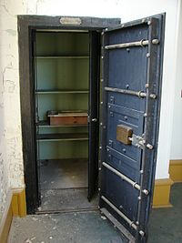 Bank vault - Wikipedia, the free encyclopedia