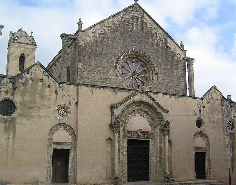 Basilica di Santa Caterina d'Alessandria - Galatina (fonte: http://upload.wikimedia.org/wikipedia/commons/thumb/7/7e/Basilica_di_Santa_Caterina_Galatina.jpg/766px-Basilica_di_Santa_Caterina_Galatina.jpg)
