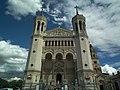 Basilique Notre-Dame de Fourvière - entrée.jpg