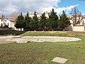Basilique Saint-Just de Lyon - Vue sur les sarcophages.jpg