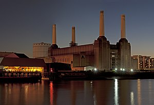 Nine Elms - Real Estate Opportunities were granted permission to redevelop the power station in November 2010.
