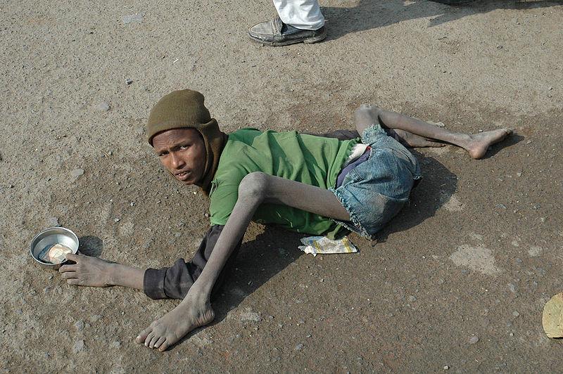 800px-Beggar_Bodhgaya_India.jpg