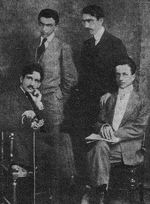 Constantin Beldie - From left: Beldie, Nae Ionescu, Dem. Theodorescu and Spiru Hasnaș, photographed as staff members for Noua Revistă Română (1912)