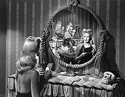 Betty Grable and Carmen Miranda, 1942 (2).jpg