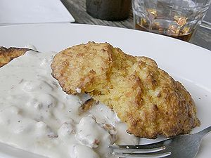 Biscuit (bread) - Image: Biscuits and gravy