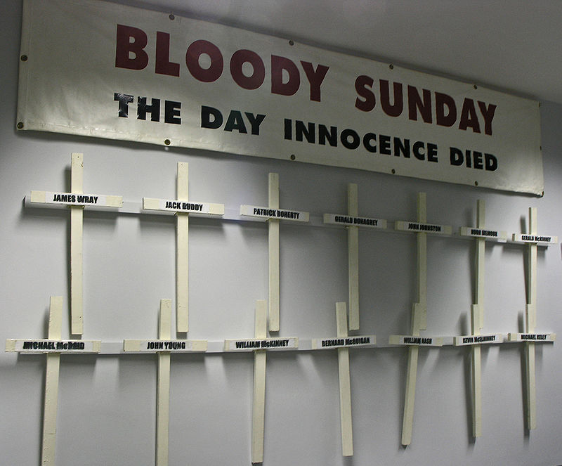 800px-Bloody_Sunday_Banner_and_Crosses.j